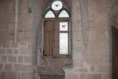 fenêtre au premier étage